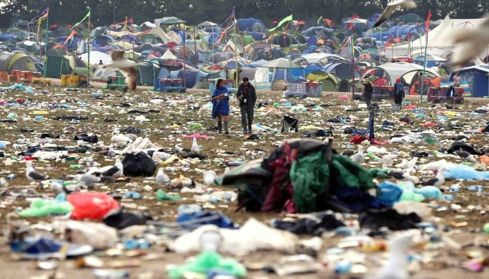 Single-use plastic bottle sales banned at Glastonbury Festival